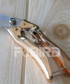 Specialized wooden shears